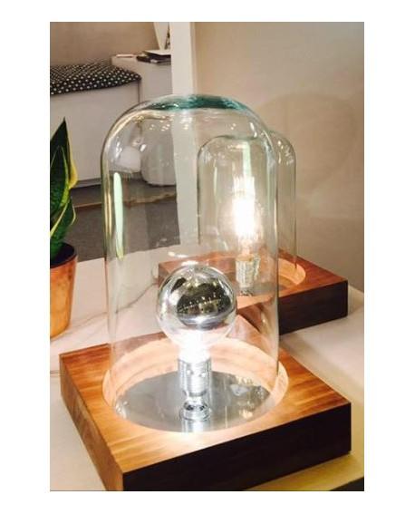 Lámpara sobremesa con basa madera y urna cristal