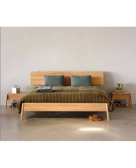 CAMA MOD. AIR ROBLE MACIZO