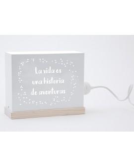 Lámpara La vida es una historia de aventuras